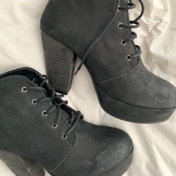 Steve Madden Shoes - Steve Madden Leather Booties